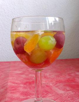 Bowle mit lecker Früchten